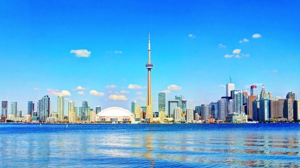 Thành phố Toronto có nhiều trường nằm trong các trường đại học nổi tiếng ở Canada.