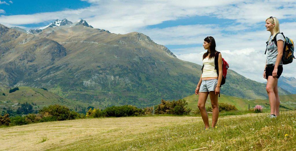 Nhiều sinh viên thắc mắc du học New Zealand không chứng tài chính có được không.